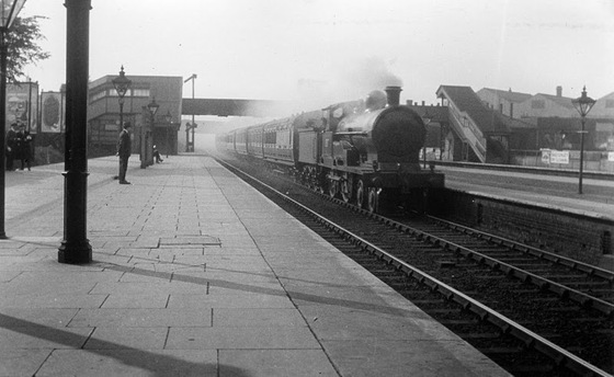 1900s=_Watford=_Junction=_LNWR=_c.Paul=_Collins=_2