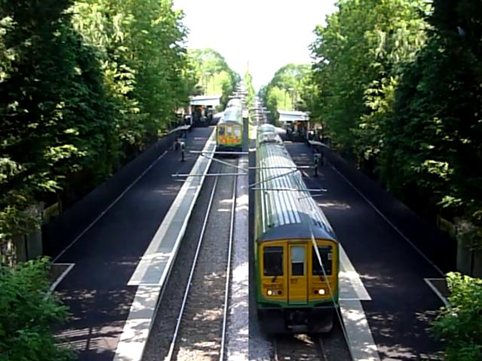 Computer generated visualisation of trains passing at Bricket Wood